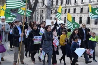 اقوام متحدہ :- جنرل اسمبلی کے باہر کشمیری اور سکھ کمیونٹی کا بھرپور احتجاج