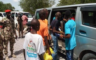 نائیجریا کے ملیشیا گروہ نے 833 بچوں کو رہا کر دیا۔