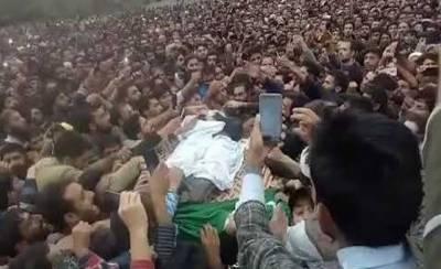 ڈاکٹر منان وانی شہید کی غائبانہ نماز جنازہ ادا کرنے کی پاداش میں دو کشمیری طلباپر مقدمہ