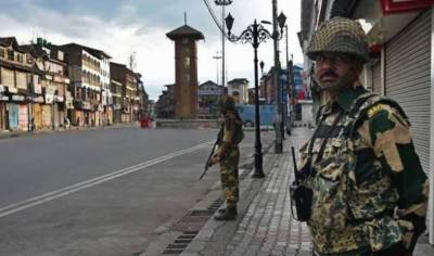 پلوامہ میں ایک اور کشمیر نوجوان شہید، کرفیو نافذ، موبائیل انٹر نیٹ سروسز معطل