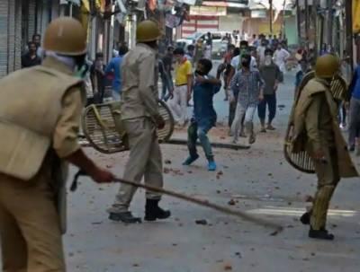 سری نگر: مقبوضہ کشمیر کے ضلع کلگام میں قابض بھارتی فورسز کی فائرنگ کے نتیجے میں 8 کشمیری شہید ہوگئے۔