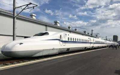 جاپان: جدید ٹیکنالوجی کی حامل شِنکان سین بلٹ ٹرین کا افتتاح کر دیا گیا۔