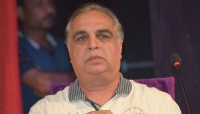 کراچی دنیا کے بڑے شہروں میں شامل ہونے کے باوجود یہ جدید ترین سہولیات سے محروم ہے، عمران اسماعیل
