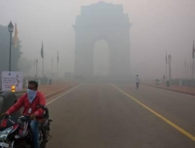 نئی دلی میں آلودگی ریکارڈ سطح پر پہنچ گئی،ٹرکوں کی آمد پرتین روز تک پابندی عائد