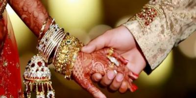 شادی والے گھر میں ڈکیتی , اہل خانہ کو یر غمال بنا لاکھوں روپے مالیت کی نقدی اور طلائی زیورات لوٹ کر فرار ۔