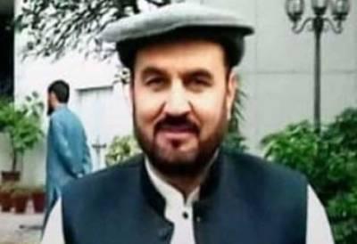 پولیس نے ڈپٹی ڈائریکٹر سی ڈی اے ایاز خان کو تحویل میں لے لیا
