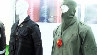 آئیڈیاز 2018: پاکستانی کمپنی کا بجلی کے جھٹکوں سے محفوظ رکھنے والا لباس متعارف