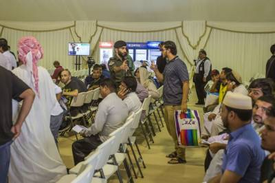 متحدہ عرب امارات میں غیر قانونی تارکین کو دی جانے والی مہلت میں ایک ماہ کا اضافہ