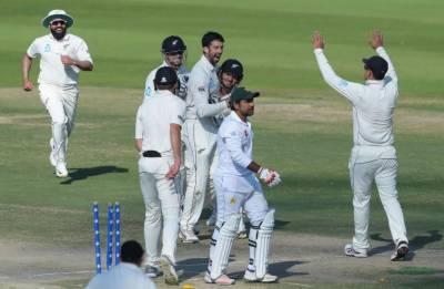نیوزی لینڈ نے فیصلہ کن ٹیسٹ میں پاکستان کو 123رنز سے شکست دیکر سیریز2-1سے اپنے نام کر لی