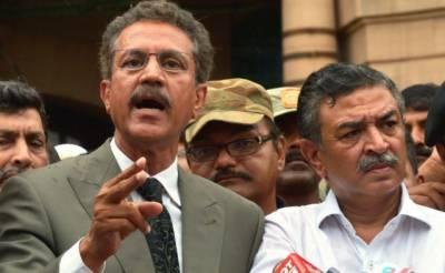 تجاوزات آپریشن سے متعلق فیصلہ سپریم کورٹ کو کرنا ہے۔ میئر کراچی