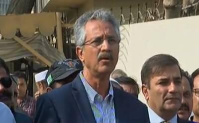 تجاوزات بنانے میں سیاسی جماعتوں کا ہاتھ ہے۔ متبادل جگہ فراہم نہیں کرینگے۔ مئیر کراچی