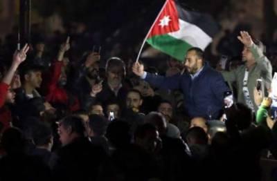 اردن میں نئے ٹیکسوں کے خلاف بڑے مظاہرے