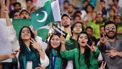پی ایس ایل کے چوتھے ایڈیشن کے شیڈول کا اعلان: 8 میچز پاکستان میں ہوں گے