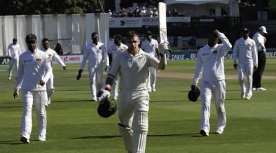 نیوزی لینڈ کی سری لنکا کے خلاف پہلے ٹیسٹ پر گرفت مضبوط، میزبان ٹیم پہلی اننگز میں 578 رنز پر آﺅٹ
