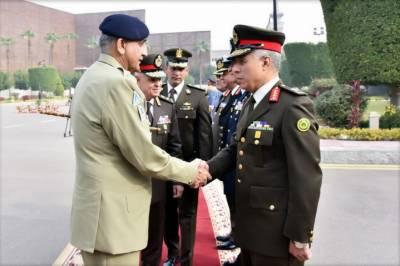 آرمیچیف کی مصر کے وزیر دفاع و عسکری پیداوار ، کمانڈر اور مسلح افواج کے چیف آف سے ملاقاتیں