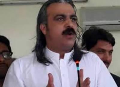 قابض بھارتی فوج مقبوضہ کشمیر میں حق خود ارادیت کی پرامن تحریک کو دبانے کے لیے تمام اوچھے ہتھکنڈے استعمال کررہی ہے: علی امین خان گنڈا پور