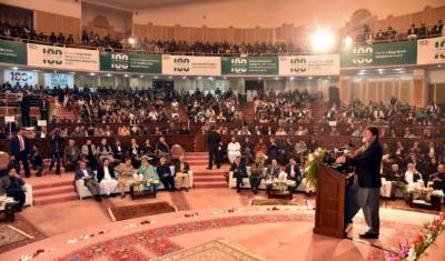 اپوزیشن کی سب باتیں مان سکتے ہیں لیکن احتساب کا عمل نہیں روک سکتے،عمران خان