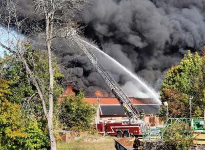 پولینڈ میں عمارت میں آگ لگنے سے 6 افراد ہلاک