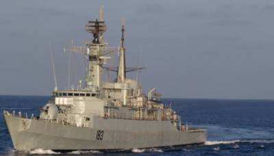 پاک بحریہ کے جہاز وں کا قطر کی بندرگاہ کا دورہ، مشترکہ مشقوں میں حصہ لیا