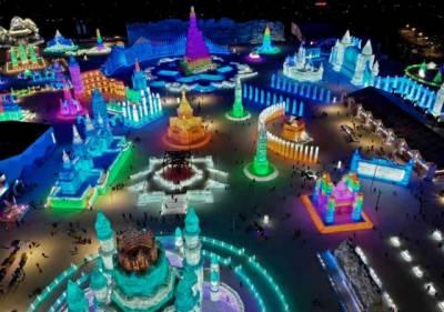 رنگوں اور روشنیوں سے سجا دنیا کا سب سے بڑا آئس فیسٹیول