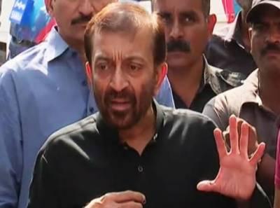 پی ٹی آئی نے کراچی کو بھلا دیا ،میئر کراچی نہ جانے کس کو خوش کررہے:فاروق ستار