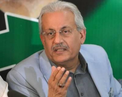 وفاقی حکومت صوبائی خود مختاری کو رول بیک کرنا چاہتی ہے، وفاقی حکومت کے یہ فیصلے سندھ کی معیشت کوغیر مستحکم کرنے کی کوشش ہے: رضا ربانی