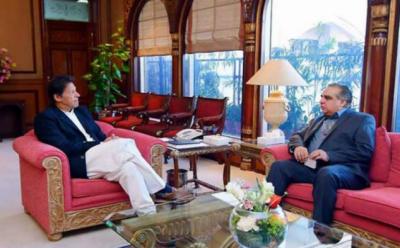 وزیر اعظم عمران خان سے گورنر سندھ عمران اسمعیل کی وزیر اعظم آفس میں ملاقات