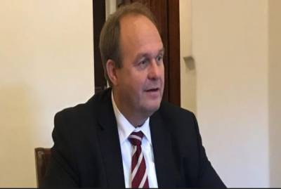کراچی: جرمن قونصل جنرل وولفرتھ نے کہا ہے کہ جرمنی اور پاکستان تجارتی شعبوں میں باہمی سرگرمیوں کے لیے تیار ہیں۔