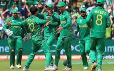 پاکستان نے ساوتھ افریقہ کے خلاف ٹی ٹونٹی سیریز کے لئے 15 رکنی ٹیم کا اعلان کردیا۔