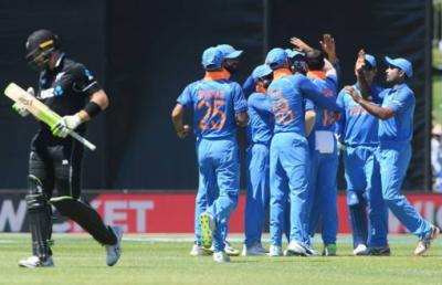 بھارت نے دوسرے ون ڈے میں نیوزی لینڈ کو 90رنز سے شکست دیدی