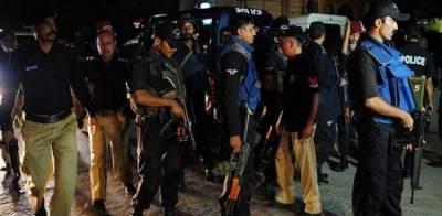 کراچی: پولیس کی مختلف علاقوں میں کارروائیاں، 12 ملزمان گرفتار