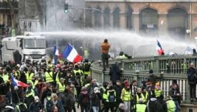 فرانس، پیلی جیکٹ کا احتجاج بارہویں ہفتے میں داخل،متعدد گرفتار