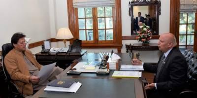 گورنر پنجاب کی وزیراعظم سے ملاقات، باہمی دلچسپی کے امور پر تبادلہ خیال