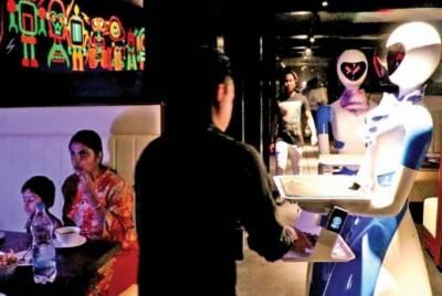 بھارتی ریسٹورنٹ جہاں 'روبوٹس' کھانا پیش کریں گے
