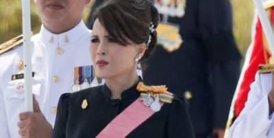 تھائی لینڈ کی شہزادی یبول ریتنا نے شاہی روایات توڑتے ہوئے وزیراعظم کے عہدے کے لیے انتخابات میں حصہ لینے کا اعلان کردیا۔