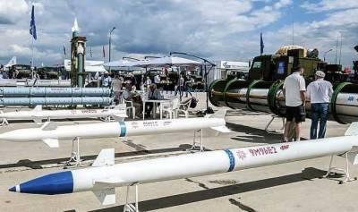 روس نے بحری جہاز کے ذریعے فضائی دفاعی نظام کا تجربہ مکمل کرلیا