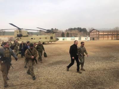 قائم مقام امریکی وزیر دفاع کی افغان صدر سے ملاقات