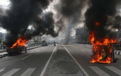 مقبوضہ کشمیر :ضلع پلوامہ میں خوف کا ماحول برقرار ، بازار ویران ، سڑکیں سنسان