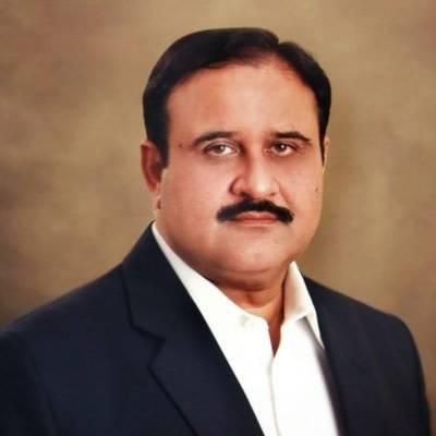 وزیراعلیٰ پنجاب کا ڈی جی خان میں غازی میڈیکل کالج کا دورہ