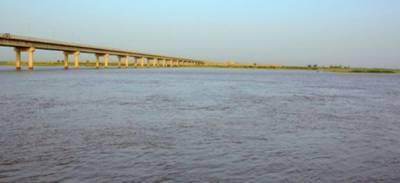 بھارت نے ایک روز کیلئے پانی کھولنے کے بعد دوبارہ سندھ طاس معاہدہ کی خلاف ورزی کرتے ہوئے دریائے چناب کا پانی روک لیا