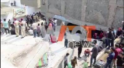 Karachi: 3 killed, dozens trapped in Pakistan's Karachi building collapse