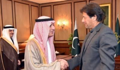 وزیراعظم عمران خان سے سعودی وزیر خارجہ عادل الجبیر کی ملاقات، شاہ سلمان اور ولی عہد کے پیغامات پہنچائے
