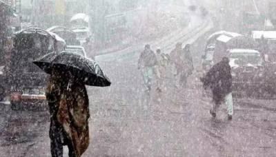 پنجاب، بلوچستان اور خیبرپختونخوا کے مختلف اضلاع میں بارش، پہاڑوں پر برفباری