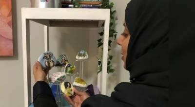 پتھروں پر فن پارے تخلیق کرنے والی باصلاحیت سعودی خاتون