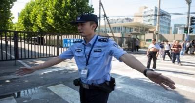 چین: جنونی شخص نے گاڑی مجمع پر چڑھادی، 6 افراد ہلاک