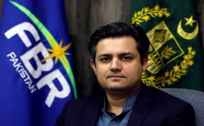 ریونیوکے وزیرمملکت حماداظہرنے کہاہے کہ پاکستان تحریک انصاف کی حکومت اگلے ماہ سے ٹیکس نادہندگان کے خلاف کارروائی شروع کرے گی۔