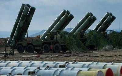 روسی دفاعی نظام کی خریداری روکنےکے لیے ترکی کو امریکی دھمکی کام کرگئی؟