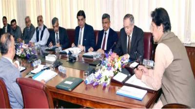 حکومت ملک کے برآمدکنندگان ،تاجروں کوزیادہ سے ز یادہ سہولیات فراہم کرے گی،وزیراعظم