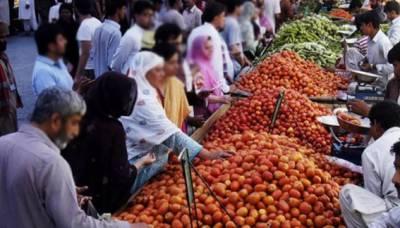 ملک میں موجود مہنگائی کے سونامی نے اب اتوار بازاروں کا بھی رخ کر لیا