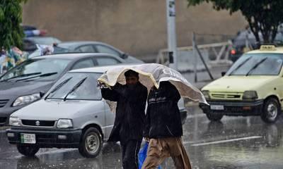 ملک کے بیشتر حصوں میں بارش، سندھ میں گرمی رہے گی